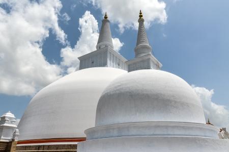 Ruwanwelisaya stupa in Anuradhapura (2nd century BC)